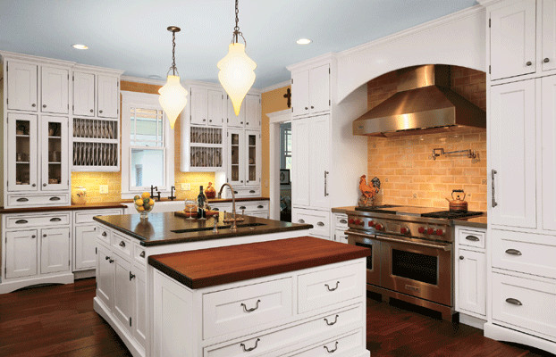Kitchen Designs and Granite Tops - Traditional - Detroit - by Avanti Kitchens & Granite, LLC