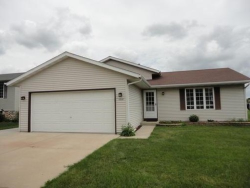 Hi! This Is My First Home And I Have No Design Experience So Would  Appreciate Any Help. My House Is A Ranch With A Front Facing Two Door Garage,  ...