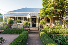 Houzz Tour: Bowral Cottage Reimagined for an Eco-Smart Family