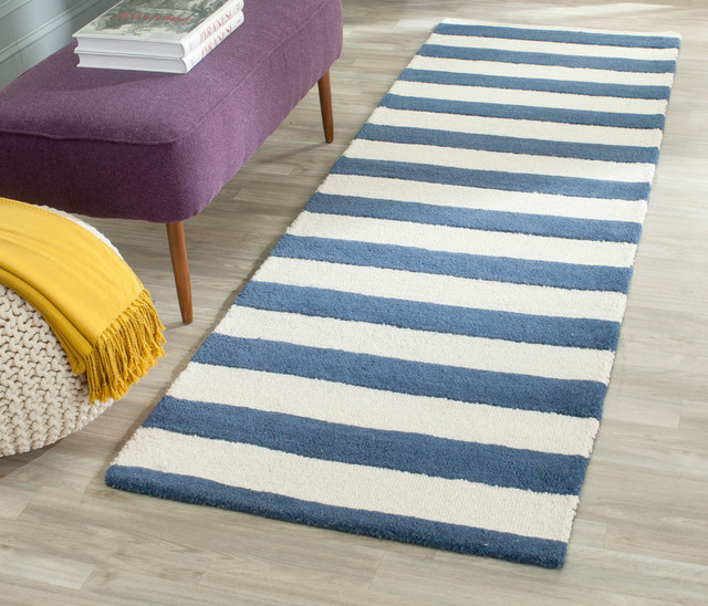 Safavieh Mitchell Hand-Tufted Rug, Navy And Ivory, 2&x27;6x6&x27;.