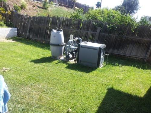 Landscaping Ideas To Hide Pool Equipment saveemail Need Help On How To Disguise Ugly Pool Equipment