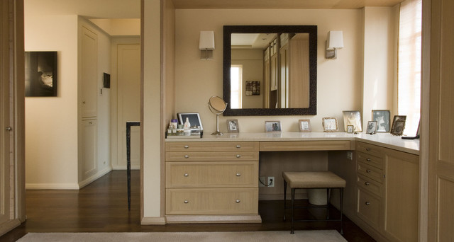 Dressing room contemporary new york by paul francis for Bathroom designs with dressing area