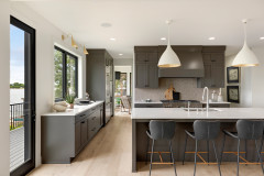 Choose the Right Pendant Lights for Your Kitchen Island