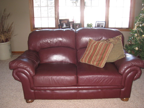 Charmant Need Color Punch Added To Burgundy Leather Furniture