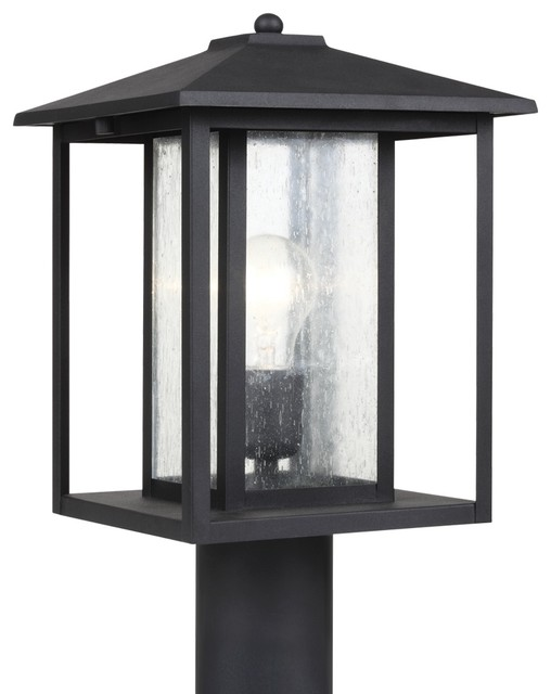 1-Light Outdoor Post Lantern, Black.