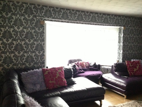 I Have Greysilver Damask Wallpaper And Plum Leather Sofas What - Damask living room furniture