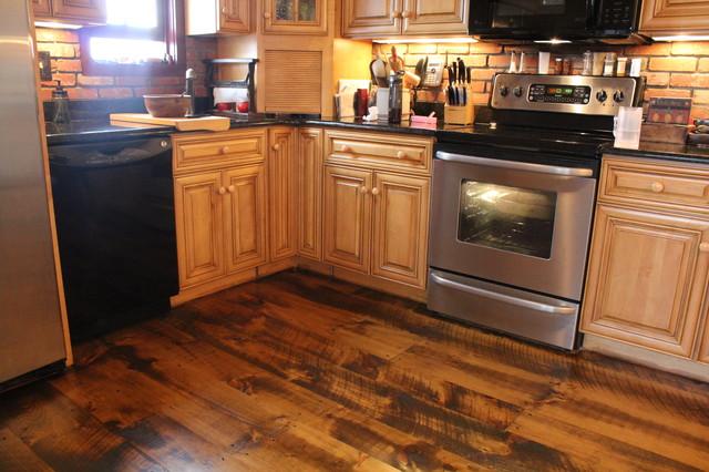Circular Sawn Wide Plank Pine Floors