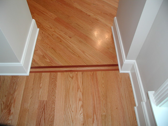 Red Oak Wood Flooring Straight Lay, How To Install Laminate Flooring At 45 Degree Angle