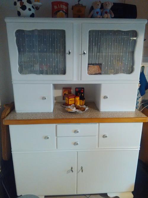 kleine Küche mit altem Küchenbüfett integrieren?