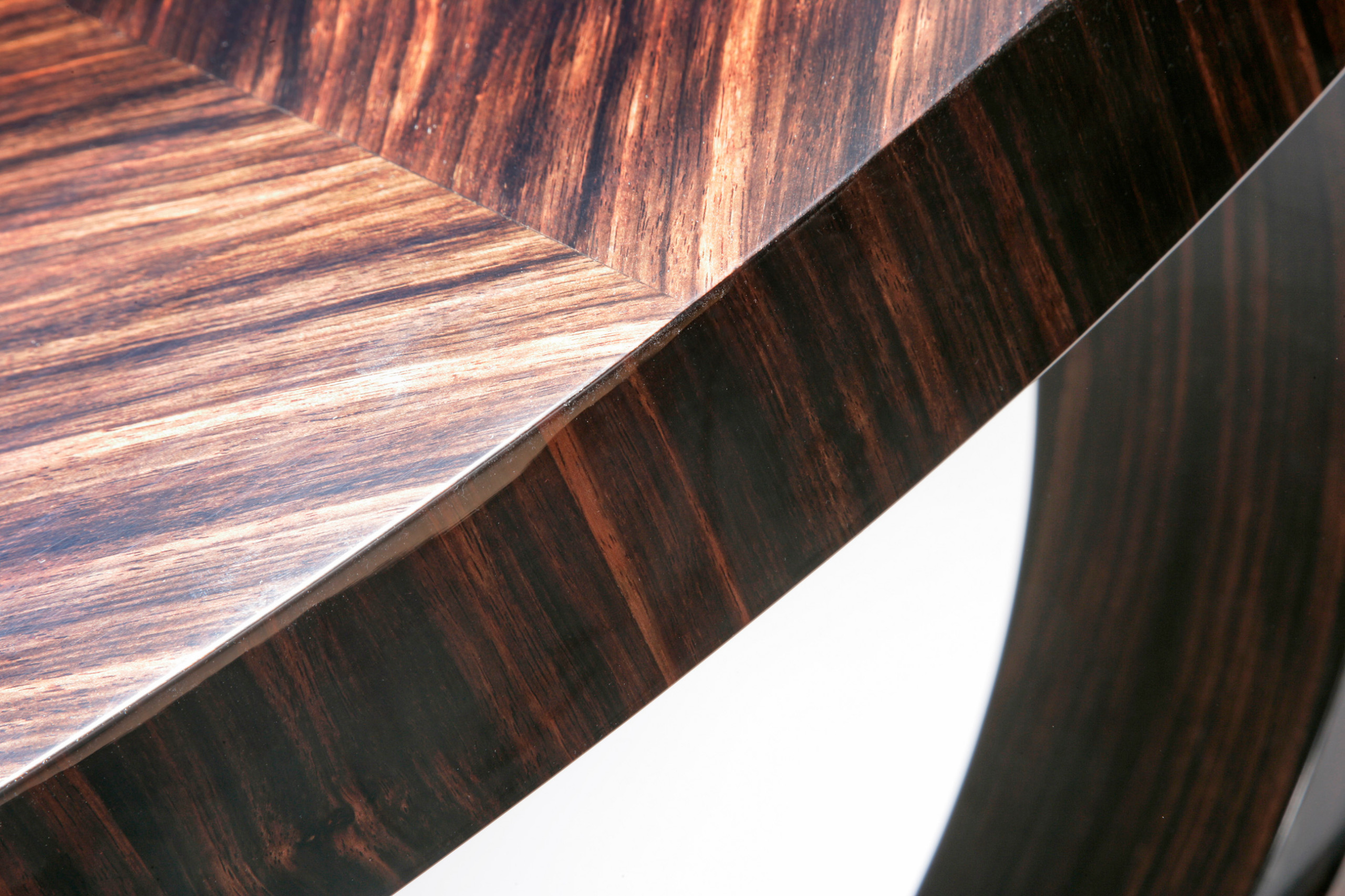 Freestanding furniture