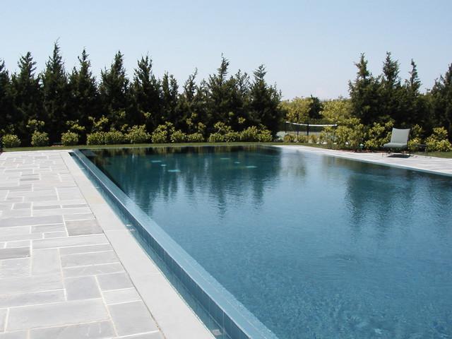 Infinity Edge Negative Edge Rimless Pools - Traditional ...