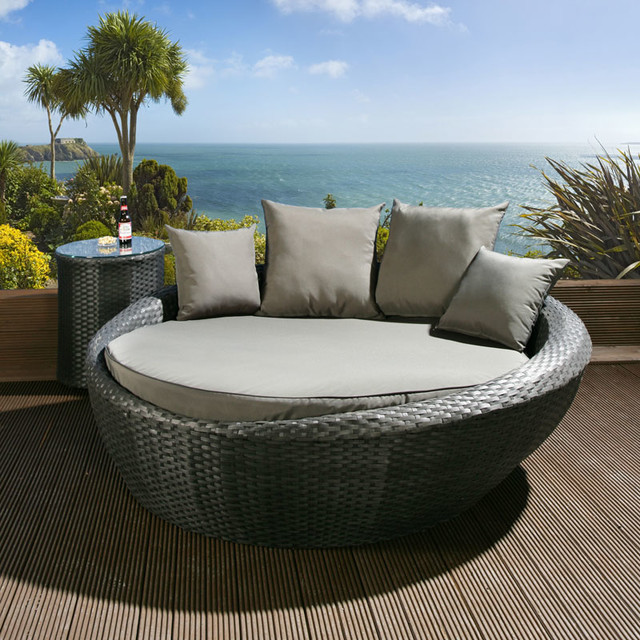 Quatropi Rattan Garden Furniture