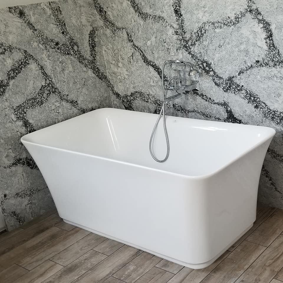 Vlieks master Bathroom