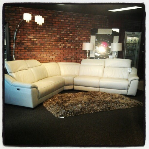 Price Comeaux furniture