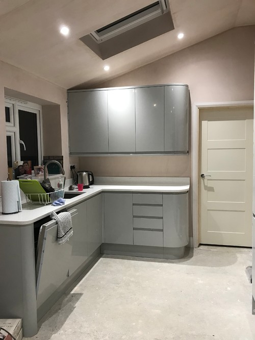 Paint Wall Colour To Go With Gloss Grey Units - Colours to match grey kitchen units