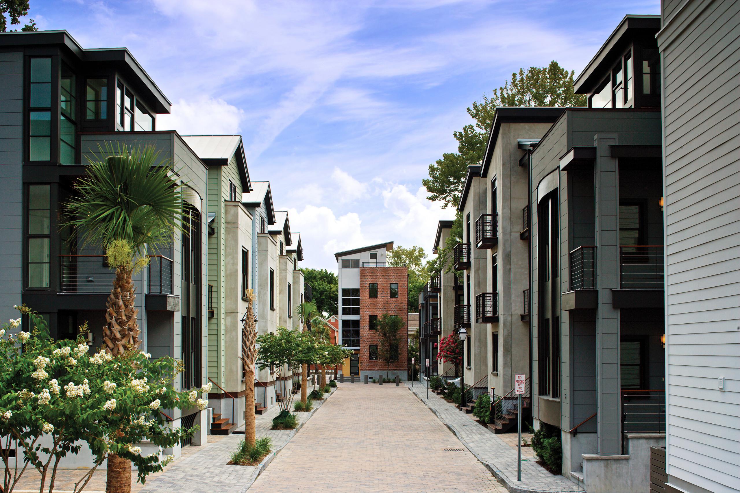 Midtown Contemporary Design in Historical Neighborhood