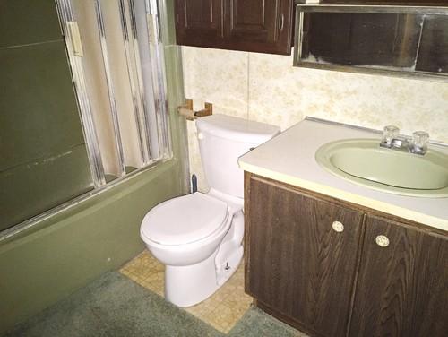 80s Bathroom Fixtures