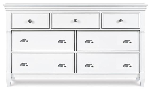 Wooden 7-Dawers Dresser In White.