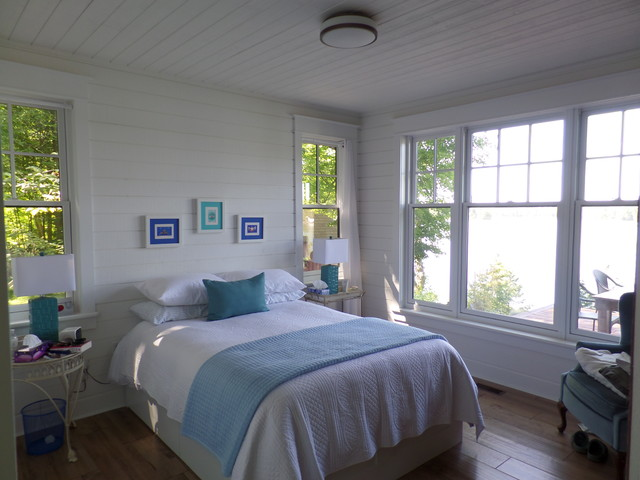 Cottage beach style bedroom toronto by ridley for Bedroom window styles