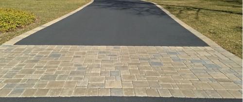 Type Of Driveway Asphalt Paver Asphalt With Paver Border