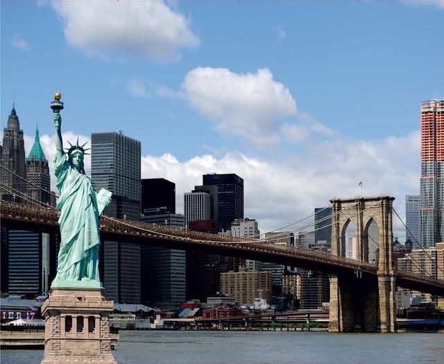 Statue Of Liberty New York City Bridge Wall Mural Non Woven Photo Wallpaper