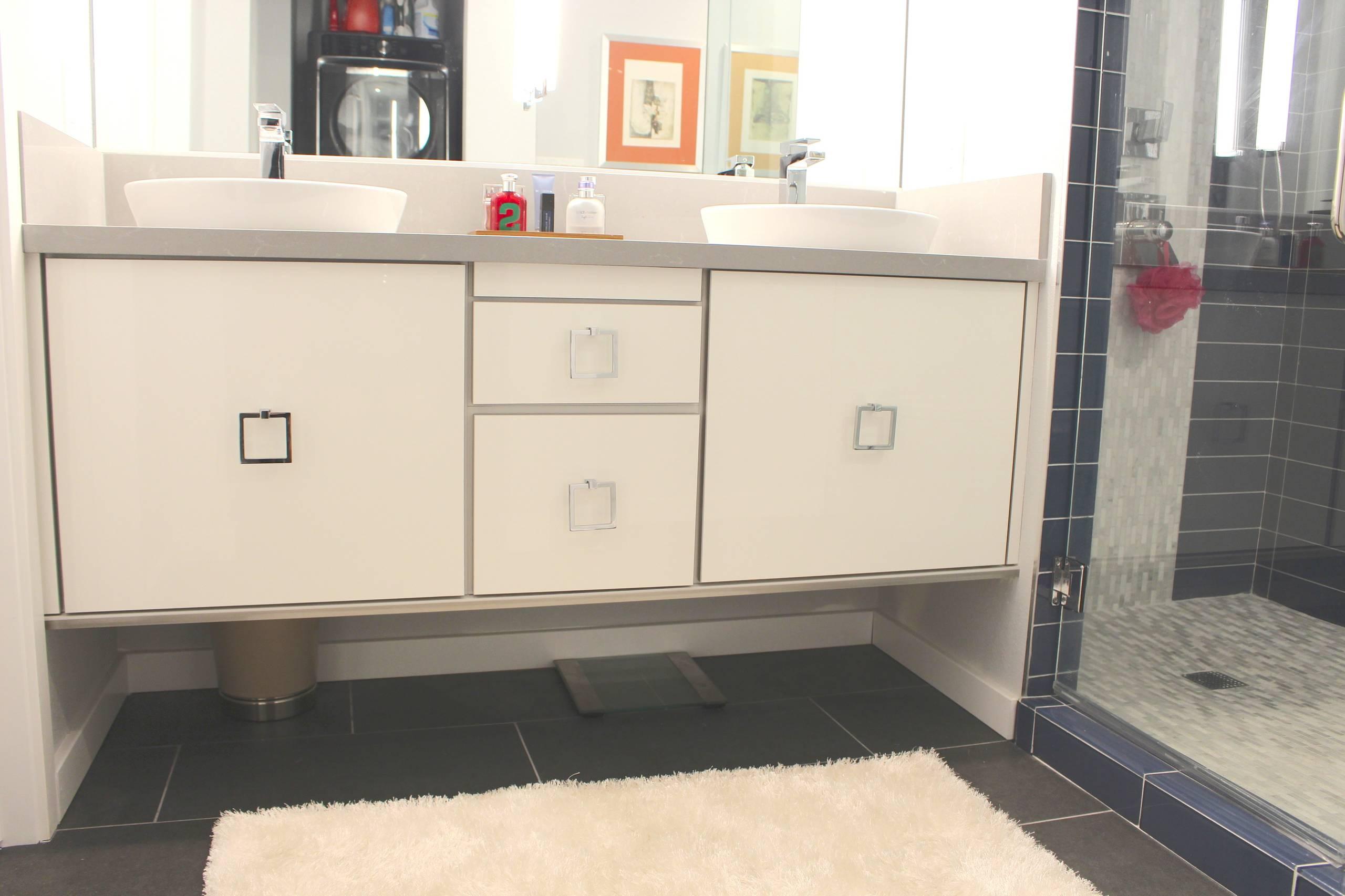 Modern Kitchen and Bathroom Remodel