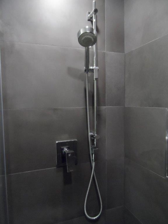Gray Quartz Bathroom