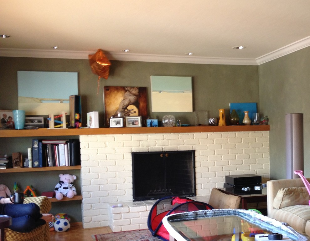 Mid Century Modern - Living rm Before