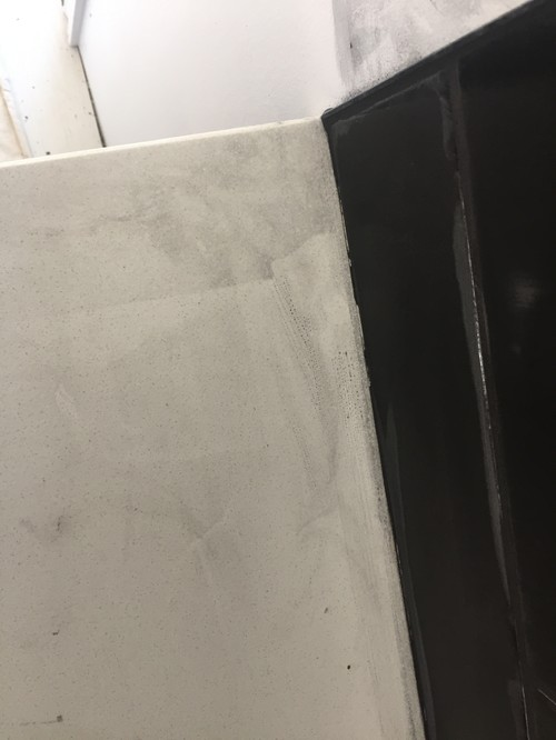 How To Remove The Stain Out Of The Quartz Countertop?