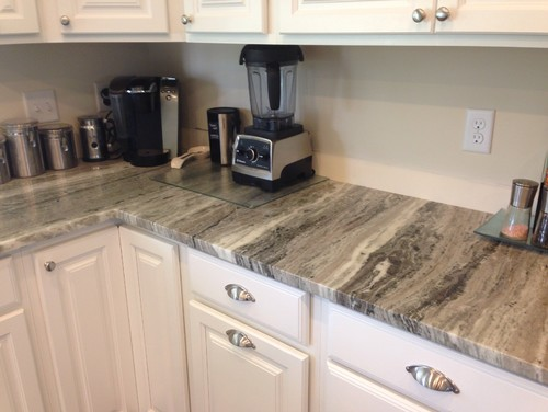 Our Granite Looks Gray In Pictures But Person It S Not Especially When We Put Tile Next To