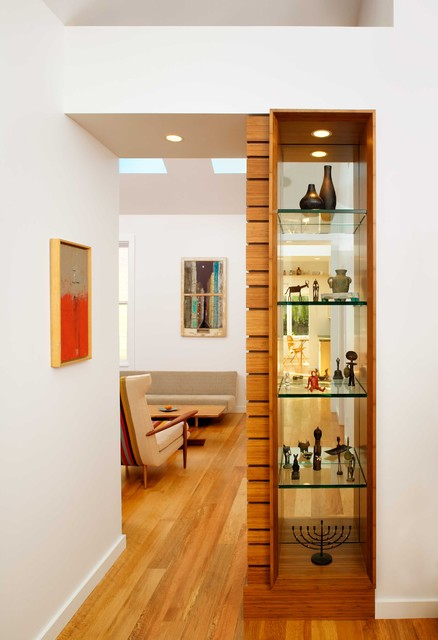 living room partition. Sanchez contemporary  Contemporary San Francisco by Chr DAUER Architects