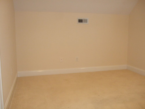 Need help decorating an alcove top of stairs