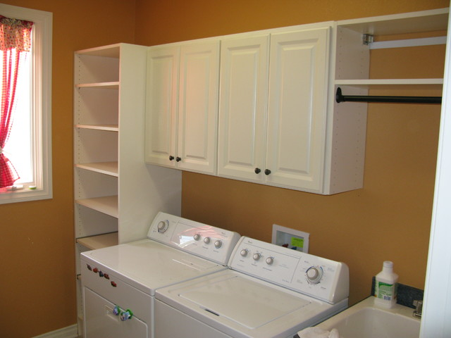 Laundry / Mud Room traditional-laundry-room & Laundry / Mud Room - Traditional - Laundry Room - Other - by Custom ...