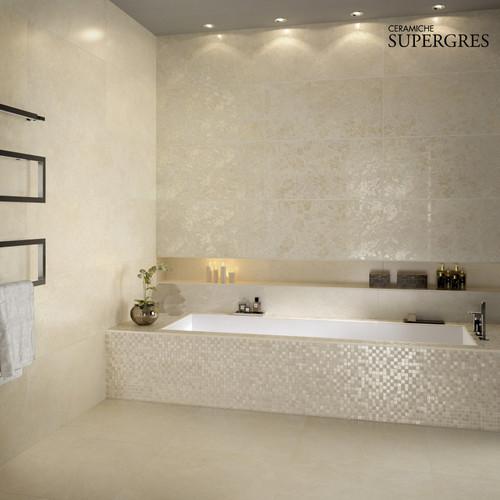 what is the tile around the bath tub that has the shimmery effect - Bathroom Tiles Around Tub