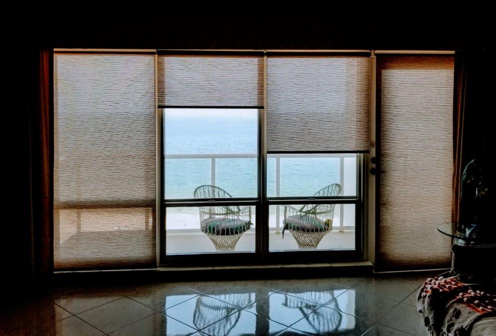 Pompano Beach: textured motorized solar shades