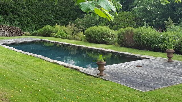 bassin de nage coque metz maison design. Black Bedroom Furniture Sets. Home Design Ideas