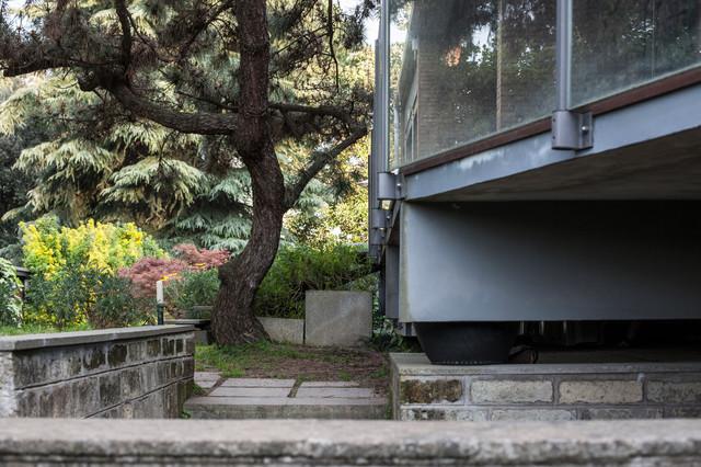 Una villetta anni 39 60 in stile le corbusier immersa nel - Case anni 50 ...