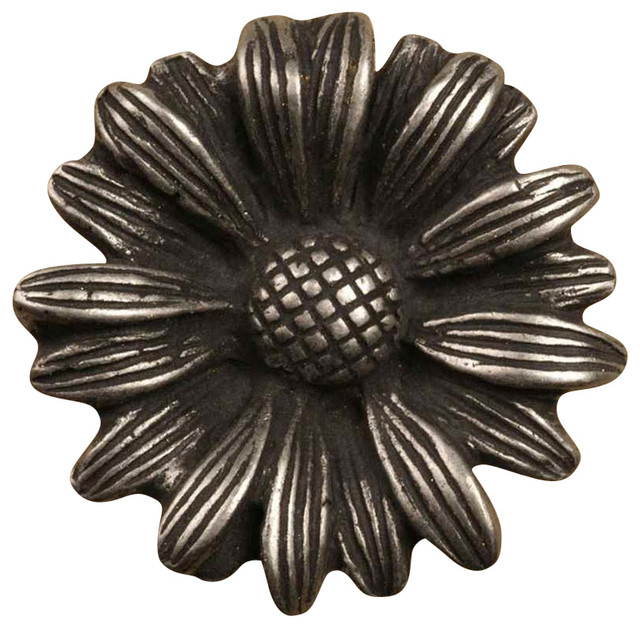 Farmhouse Kitchen Pulls: Daisy Small Knobs, Set Of 10, Bronze With Copper