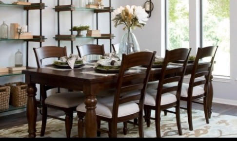 Kitchen Table That I Saw On An Episode Of Fixer Upper Have Searched The Internet For Days But Cannot Find It Any Help Would Be So Much Appreciated