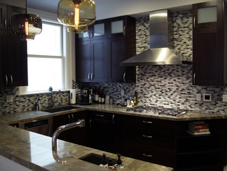 Bellmont cabinets contemporary kitchen cabinetry other by green depot for Les cuisines modernes