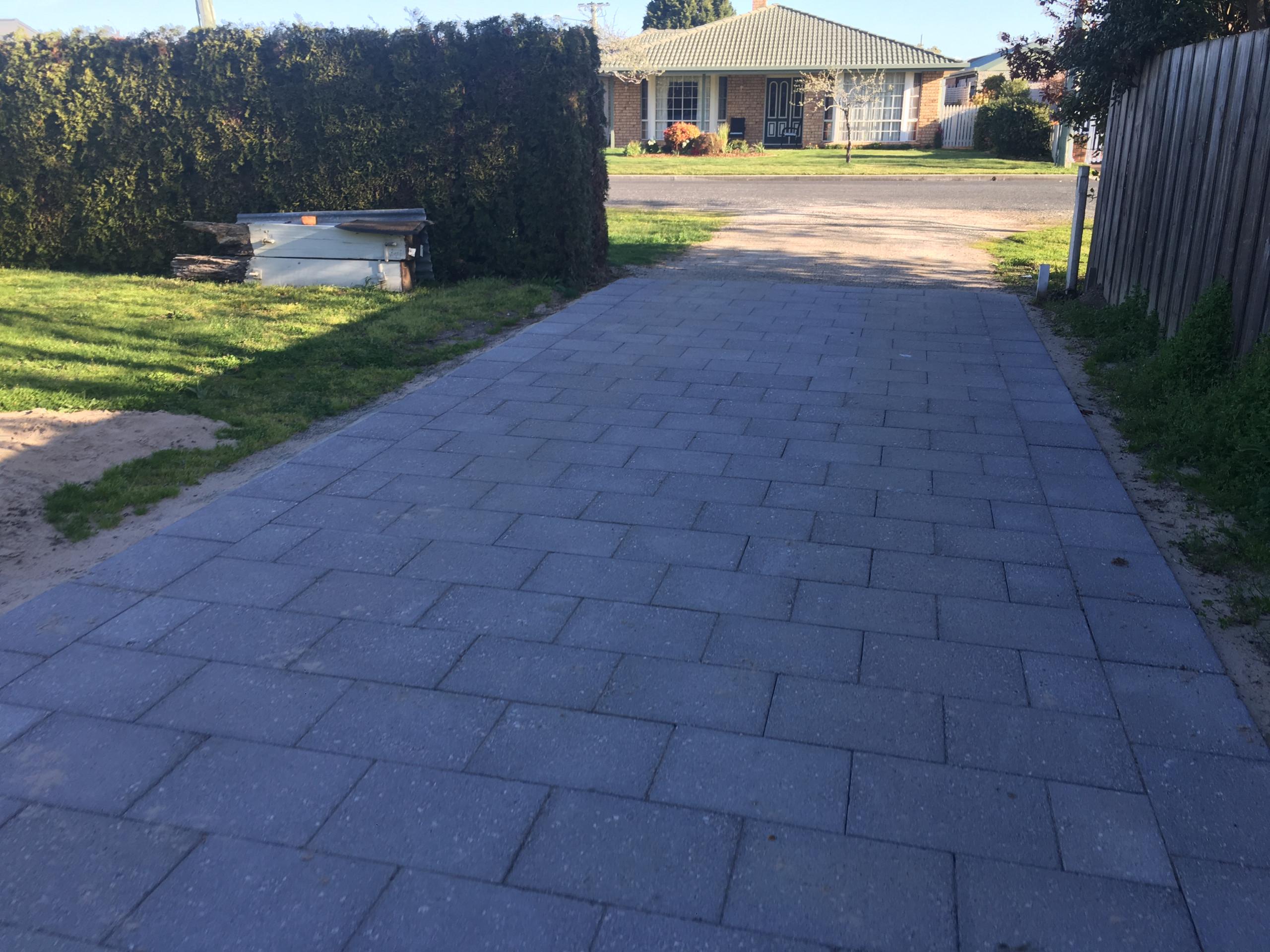 Perth - Driveway paving