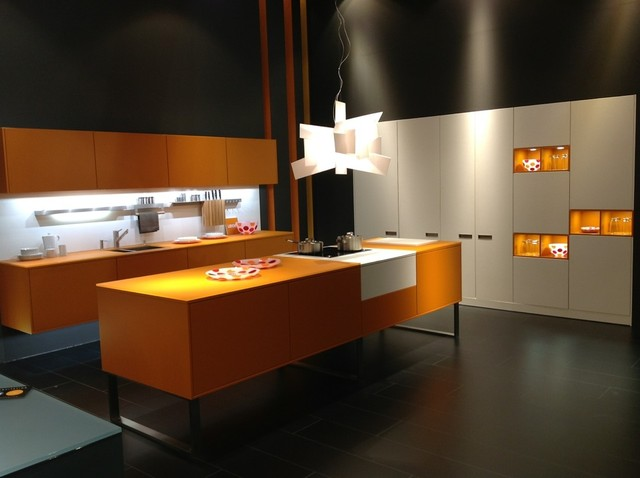 LEICHT Kitchen - Modern - Kitchen - San Diego - by Studio Europa, Inc.