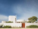 Il Restauro della Saracena, la Villa dell'architetto Moretti (15 photos) - image  on http://www.designedoo.it