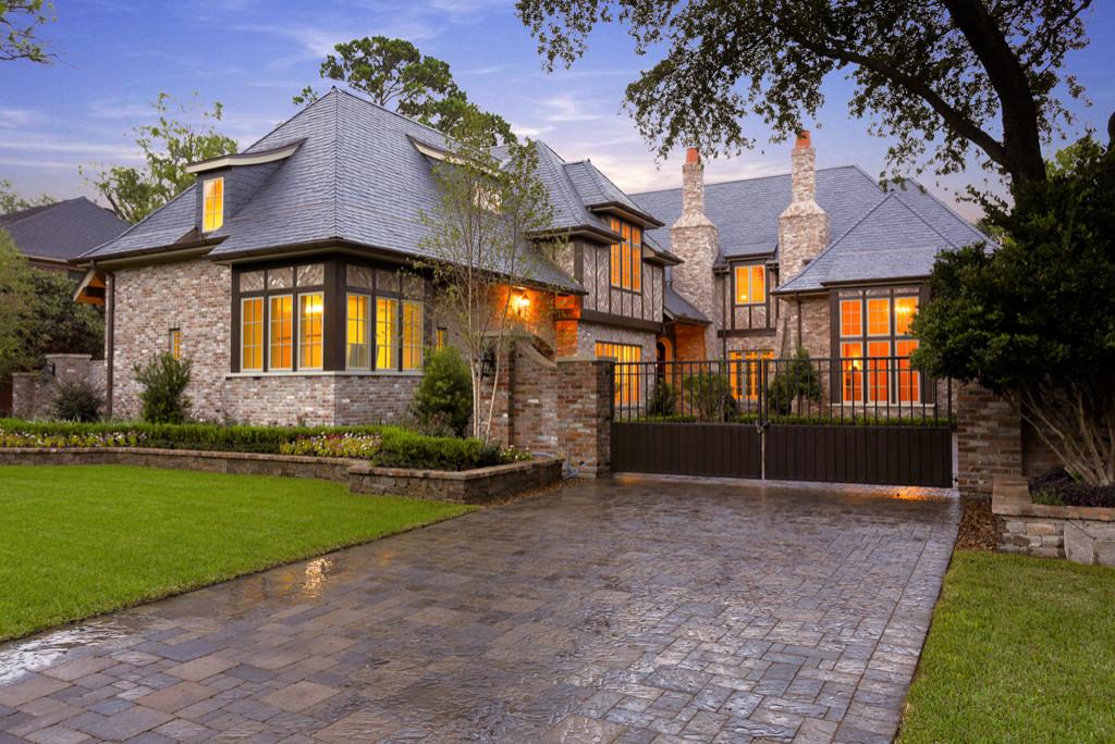 Memorial New Homes-Robert Dame Design