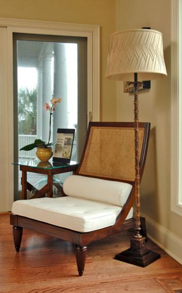 Home design - contemporary home design idea in Charleston