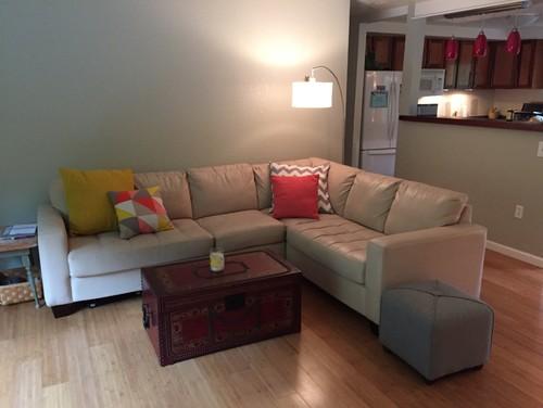 How to arrange living room around a corner fireplace