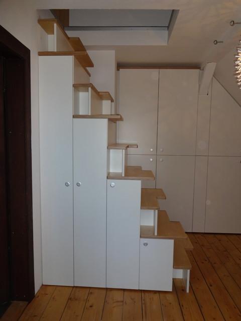 treppenschrank und einbauschrank dachgeschoss wohnung. Black Bedroom Furniture Sets. Home Design Ideas