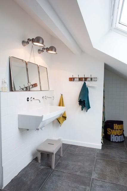 Salle de bain d 39 enfant style colier industriel lyon - Salle de bain style ancien ...