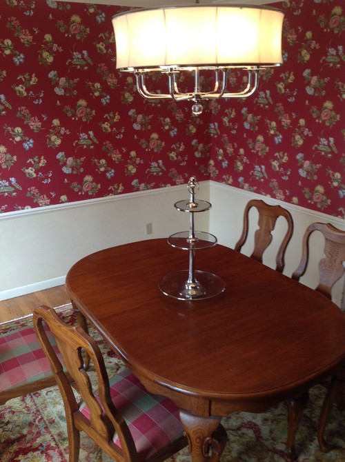 how to update a classical dining room set?