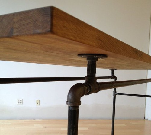 DIY Metal Pipe Table